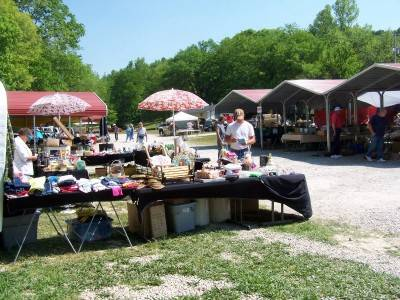 dog days flea market